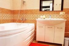 Сдается квартира чистая уютная , на любой срок.