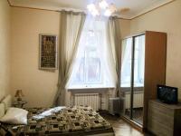 Сдаю посуточно 1-комнатную квартиру-студию в центре Санкт-Петербурга